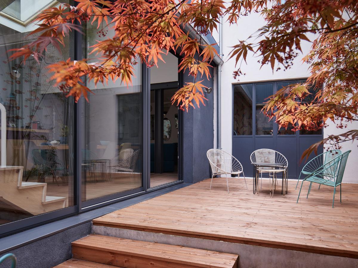 Construction maison de ville : terrasse sur cour