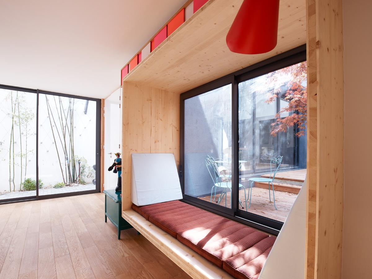 Construction maison de ville : fenêtre banquette