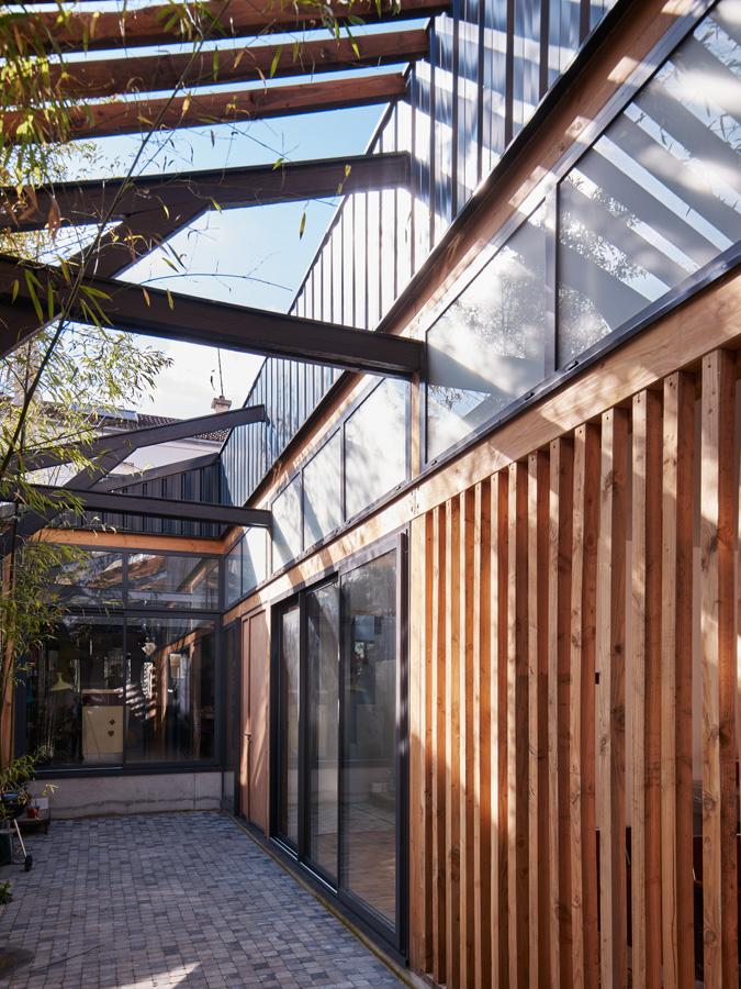 Charpente bois, métal et baies vitrées